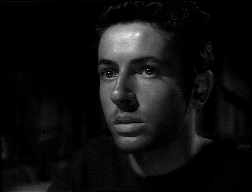 Farley Granger in THEY LIVE BY NIGHT